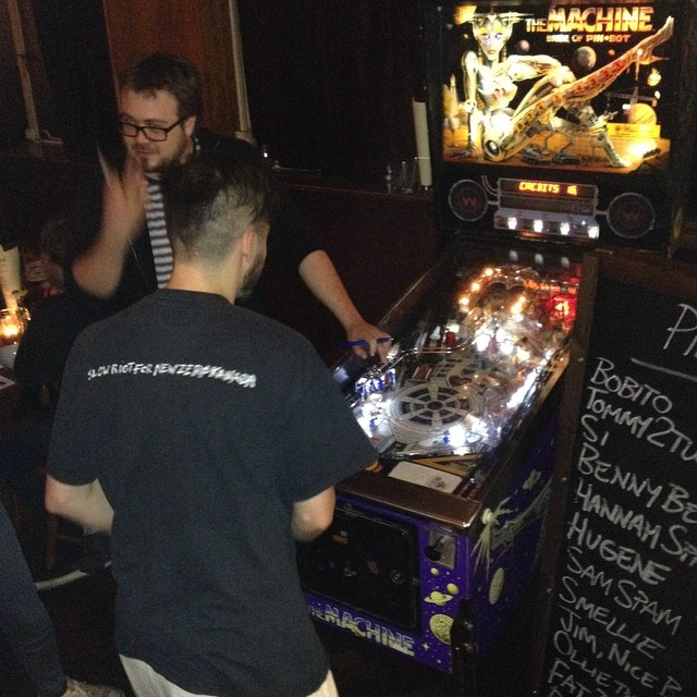 Pinball tournament is about to begin #tense #brideofpinbot #brixtonbrewery #londonbeercity #effrasocial #beervsfood #pinball